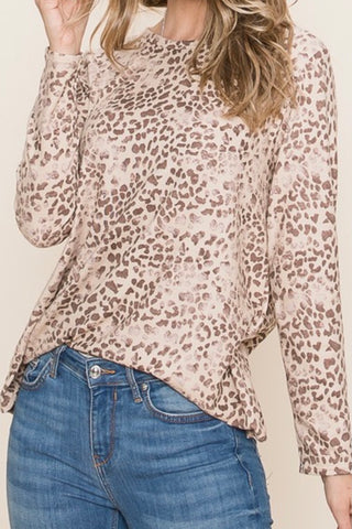 LONG SLEEVE BRUSHED LEOPARD PRINT TOP