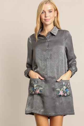 LONG SLEEVE SATIN SHIRT DRESS WITH EMBROIDERED POCKETS