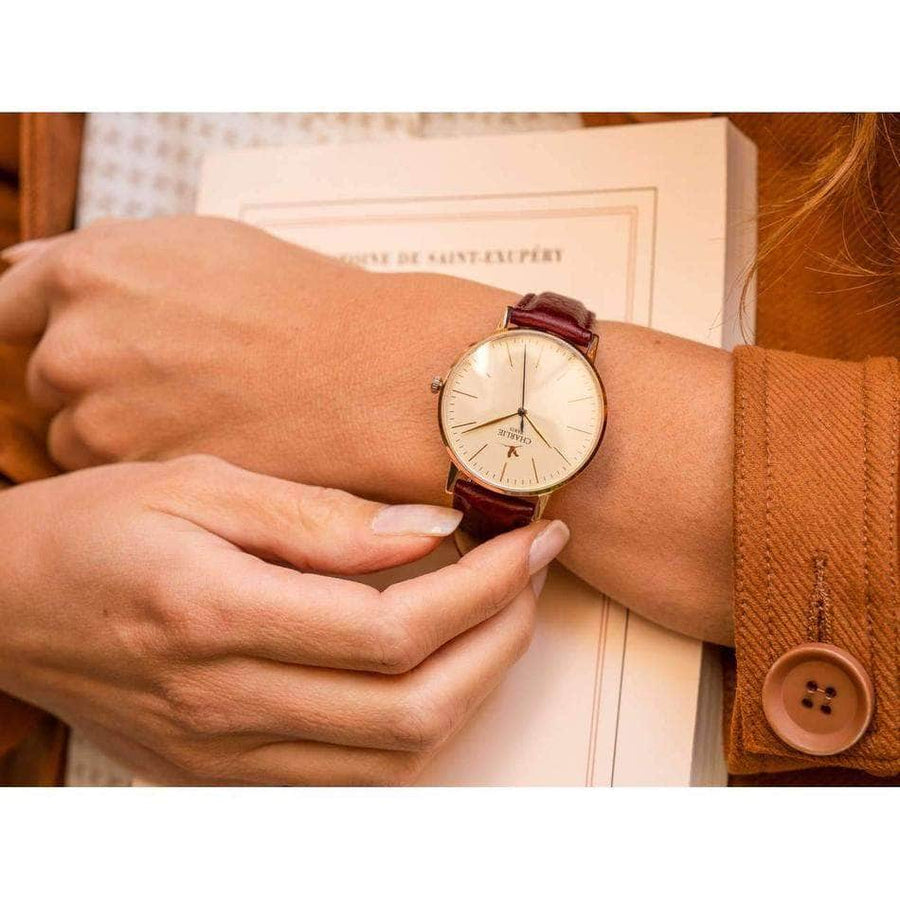Burgundy grained leather strap