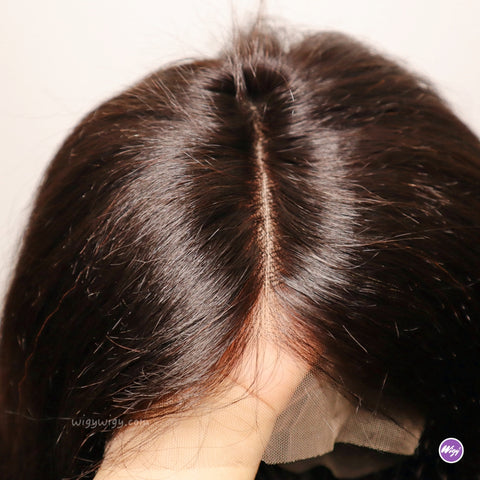 13*6 large lace ensures more free hair volume and natural looking hairline