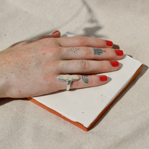 ANNIKA FINE Long way ring