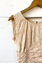 Load image into Gallery viewer, Vintage 50's peach sundress XS raw silk