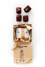 Load image into Gallery viewer, FINE & RAW Truffle Gift Set