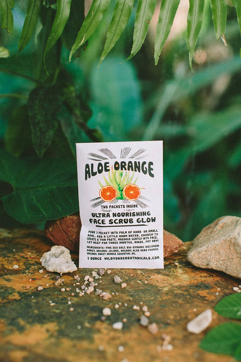 WILD YONDER BOTANICALS Aloe Orange Face Scrub