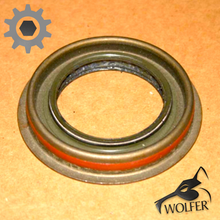 Load image into Gallery viewer, Differential Input Pinion Seal; Humvee Hummer; 5330011748146 5579448 43085 41292