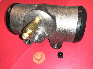 "WHEEL BRAKE CYLINDER, 2"" REAR; M800 5TON ; 2530009207568 8758259 8333648 8758254"