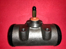 "Load image into Gallery viewer, WHEEL BRAKE CYLINDER, 2"" REAR; M800 5TON ; 2530009207568 8758259 8333648 8758254"