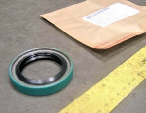 Oil Seal , New Transfer Case; Hummer M998 Humvee; 5714224 19016 5330-01-413-3713