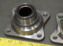 Load image into Gallery viewer, FLANGE , REAR INPUT DIFFERENTIAL; HUMMER H1 ; 3010-01-292-6428  2-1-2341 5582968