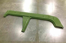 Load image into Gallery viewer, Rocker Panel, RH Outer Lower; H1 HUMVEE ; 2510013618213 12339698-4 5575503