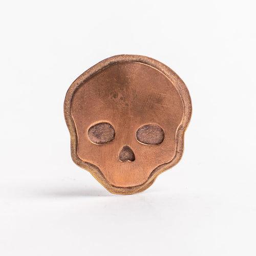 Lights ON Skull Pin