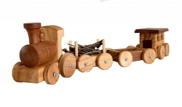 LARGE TRAIN WITH 3 WAGONS - madeinNZ.co.nz