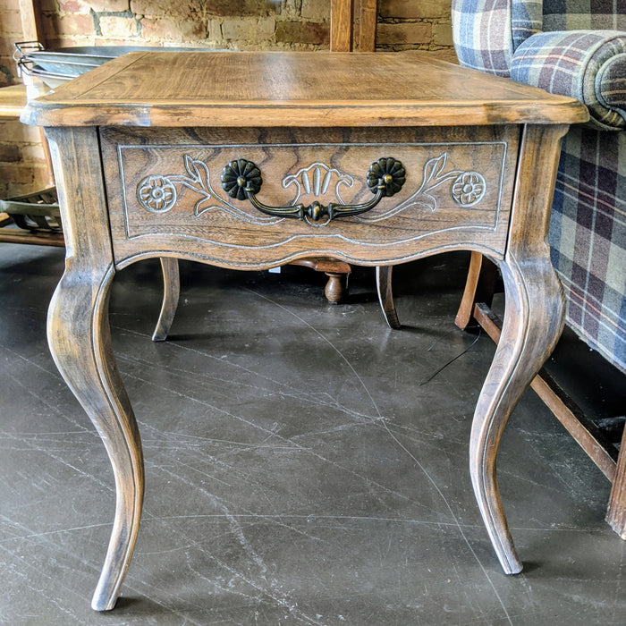 Cabriolet Legs End Table - Natural