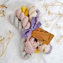 "Load image into Gallery viewer, Mini skeins set ""Spring colors"" - WOODLAND"