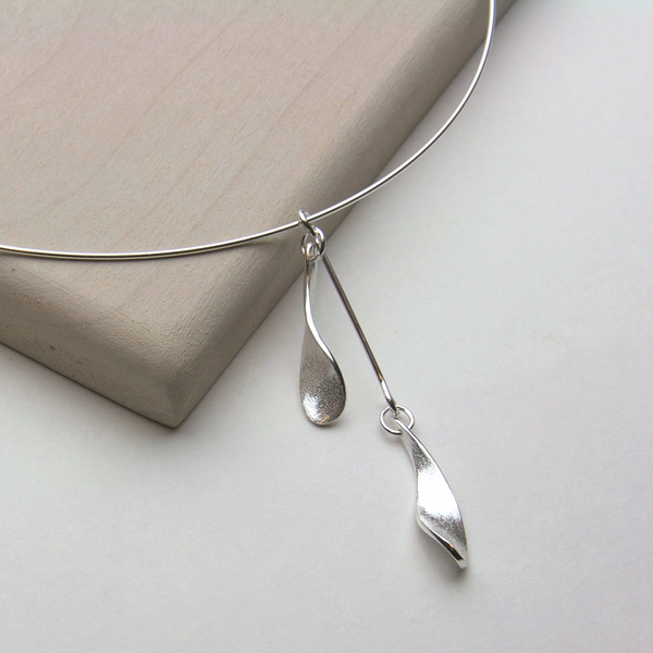 DEWDROP NECKLACE