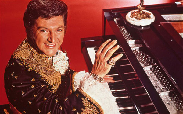 Fab Friday Icons: Liberace