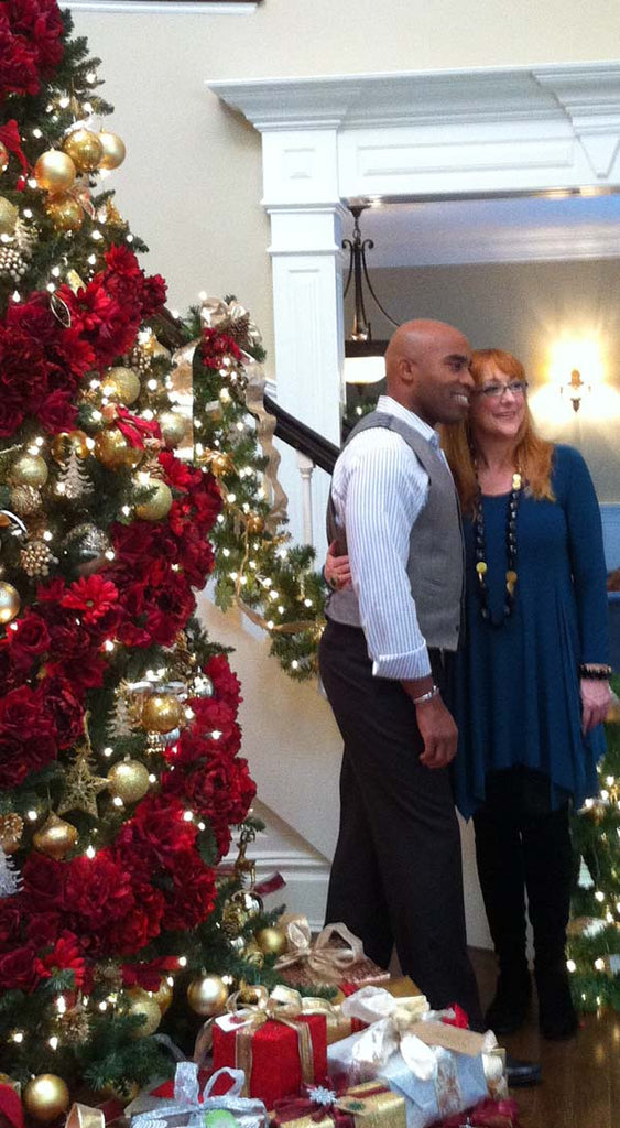 Elegant Spiral: How to Recreate Tiki Barber's Christmas Tree