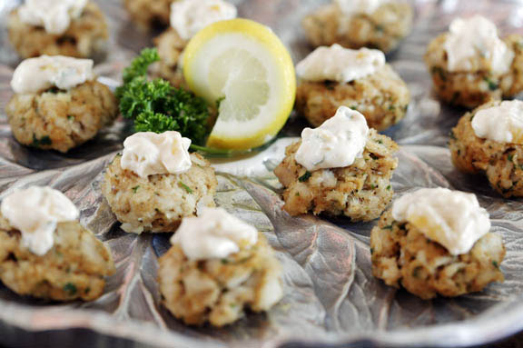 Mini Catfish Cakes | Simplifyingfabulous.com