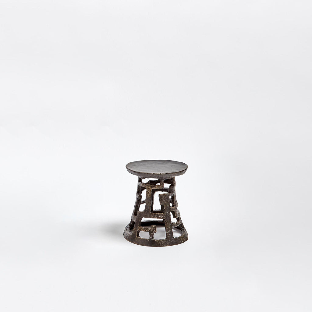 Small Huangdi Bronze Pillar Holder, secondary front view