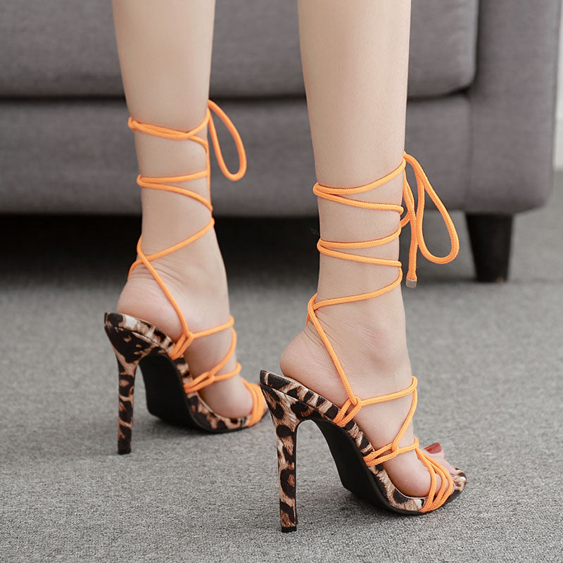 GENSHUO  Peep Toe Stiletto Thin High Heel Sandals