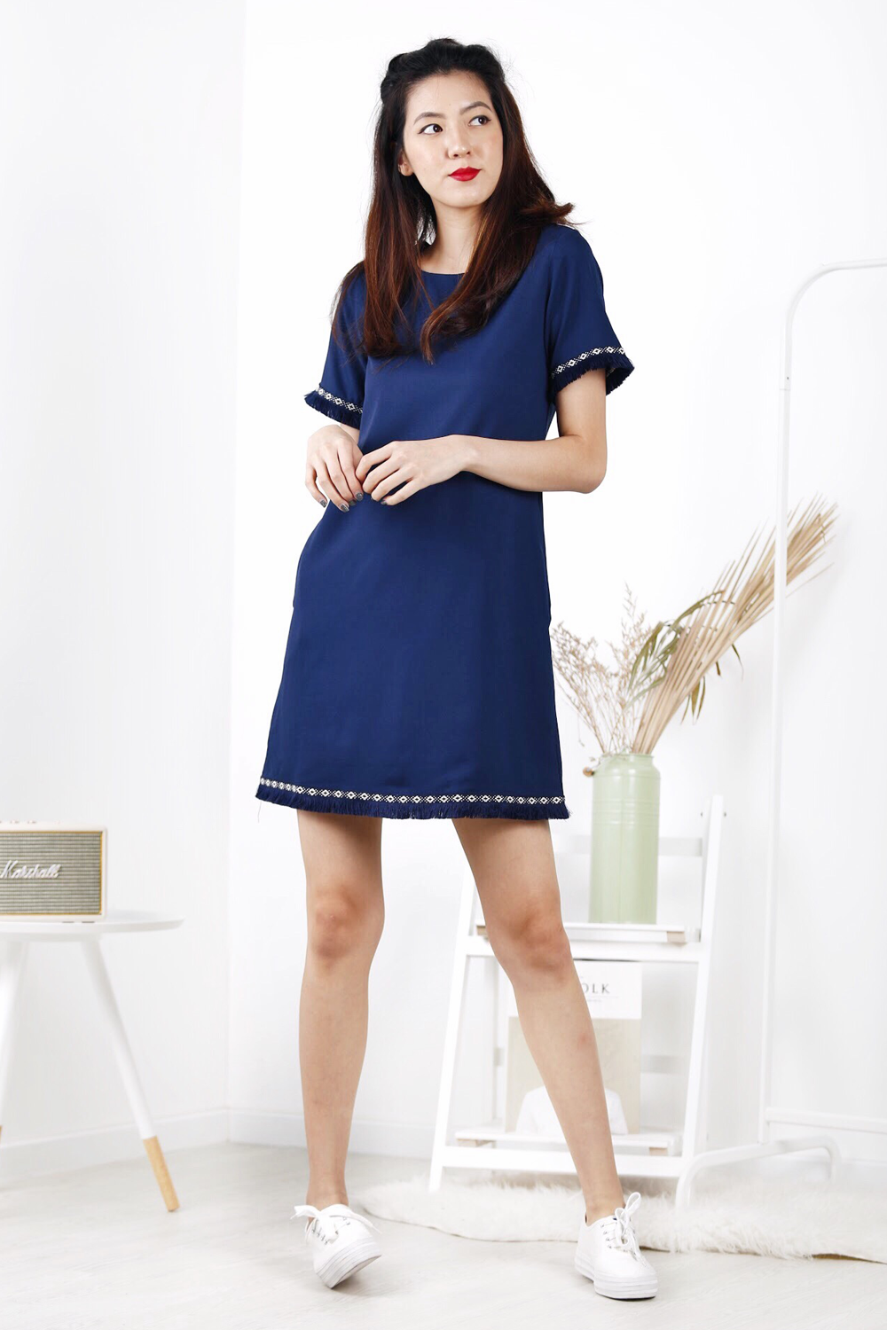 Embroidery Frayed Shift Dress (Navy)