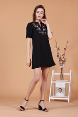 Embroidery Shift Dress (Black)