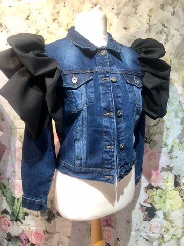 Black denim ruffle jacket 🖤