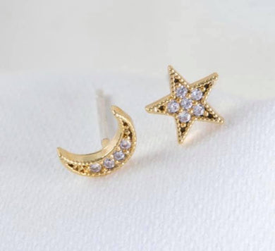 Mismatched Moon & Star Studs, Gold