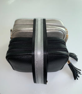 Silver Dolly Single Zip Cross Body Bag