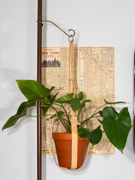 LARGE TAN PLANT HANGER