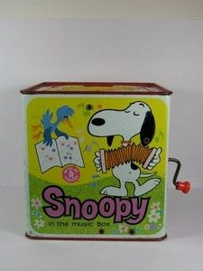 Snoopy Musical Jack in the Box - Plays Pop Goes The Weasal