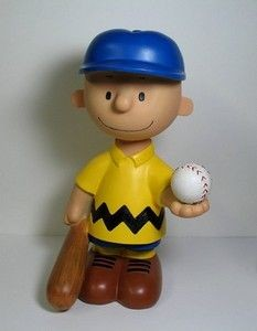 Charlie Brown Garden Statue - Yellow Shirt