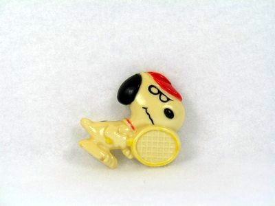 Snoopy Tennis Player magnet