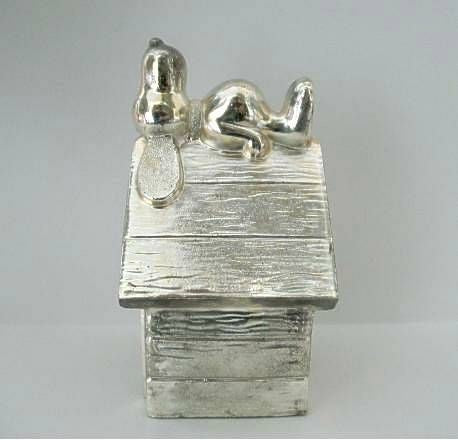 SILVER PLATED SNOOPY ON DOGHOUSE Bank
