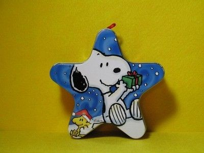 Snoopy Star-Shaped ornament tin