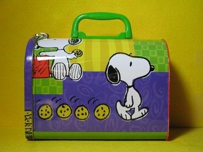 Snoopy and Chocolate Chip Cookies Dome Lunch Box Tin