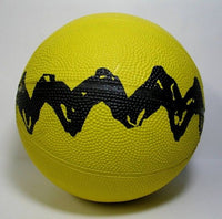 Peanuts Rubber Basketball - Charlie Brown Zig Zag