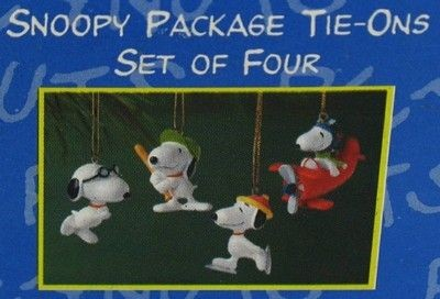Snoopy Ornament Tie-Ons Set