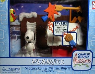 Snoopy's Contest Winning Display With Light and Sound - Christmas Memory Lane (Red Doghouse)