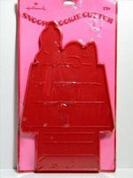 Snoopy lying on doghouse - Large RED Cookie Cutter