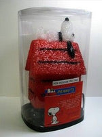 Snoopy on Doghouse Eva Lamp