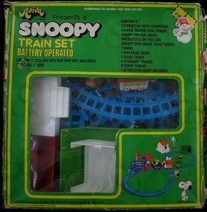 Peanuts Gang Train Set