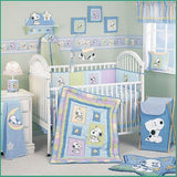 Lambs & Ivy Snoopy and Family Comforter