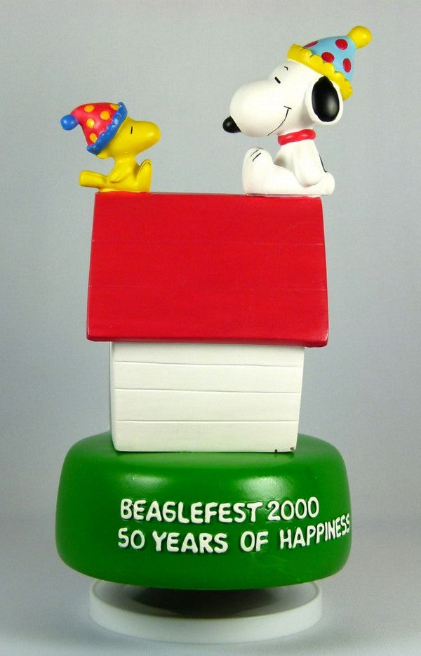 Beaglefest 2000 50th Anniversary Musical Figurine
