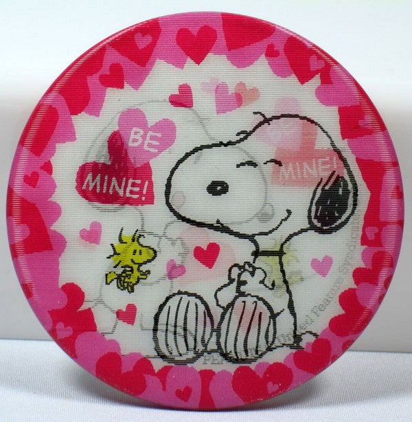 SNOOPY VALENTINE'S DAY LENTICULAR PINBACK BUTTON - BE MINE!