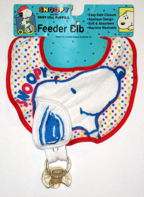 Snoopy Feeder Baby Bib With Pacifier