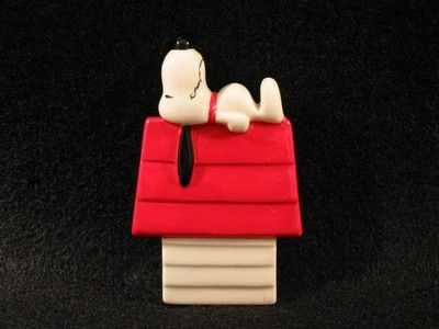 Benjamin & Medwin Snoopy Doghouse Magnet