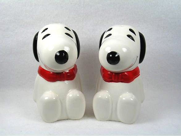 Benjamin & Medwin Snoopy Salt and Pepper Shakers