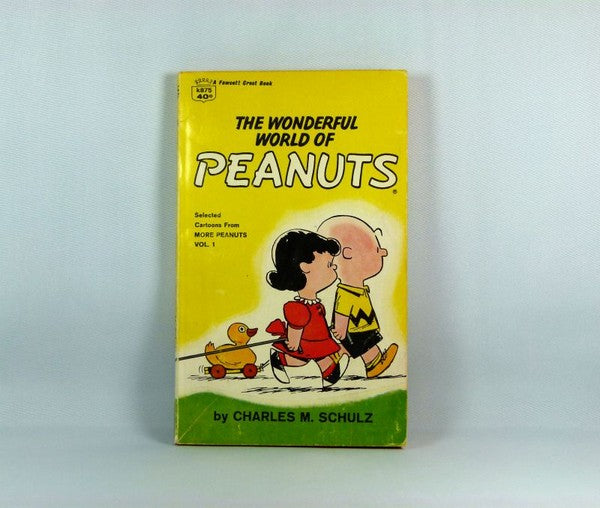 The Wonderful World of Peanuts Book