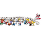 Peanuts 30-Charm Bracelet On Silver Plated Chain